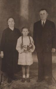 Celestyna Dobrzańska z dziadkami