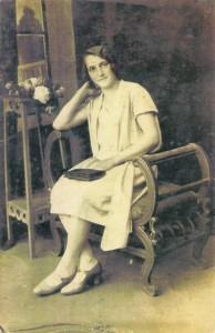 Emilia Dobrzańska- przed zesłaniem na Syberię- 10.02.1940
