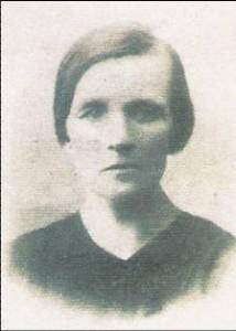Julia Dobrzańska przed zesłaniem na Syberią- 10.02.1940